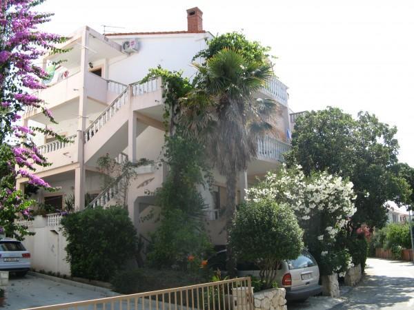 Ferienwohnung Apartants Katica in Novalja, Insel Pag Norddalmatien Kroatien