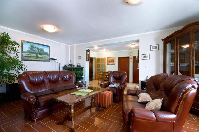 Appartement en location N.7 ( 4+2 ) in ruhiger Lage, Fazana, Fazana Istrien Südküste Kroatie