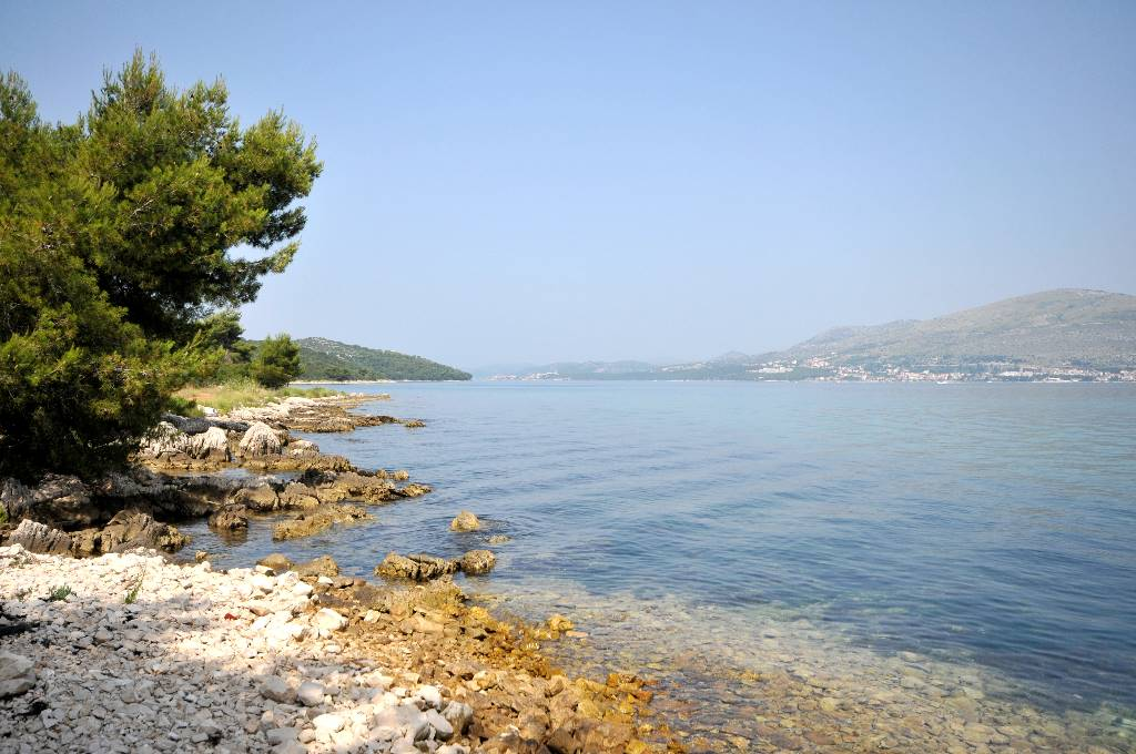 Apartment Pavo - Apartment with balcony and sea view Okrug Gornji, Mitteldalmatien Trogir  Strand